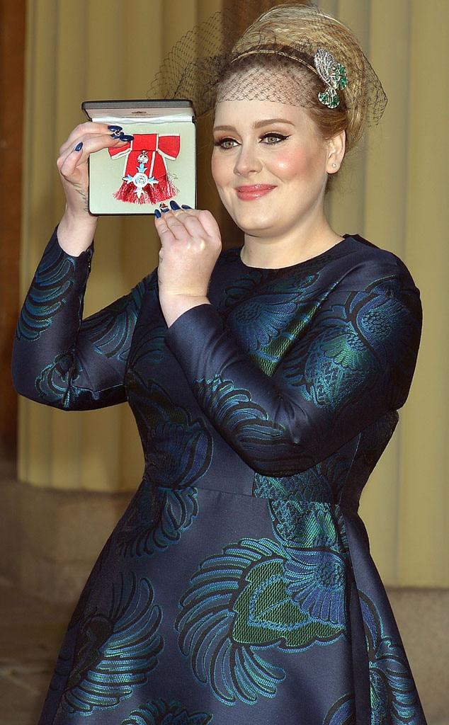 Adele, Fascinator