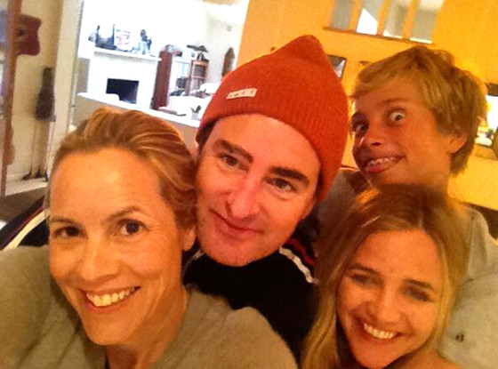Maria Bello, Thanksgiving, Twitpic