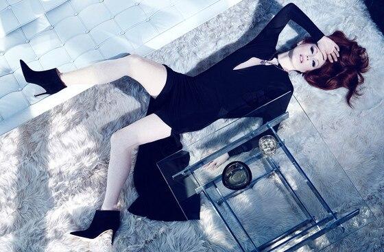 Julianne Moore, NET-A-PORTER.COM
