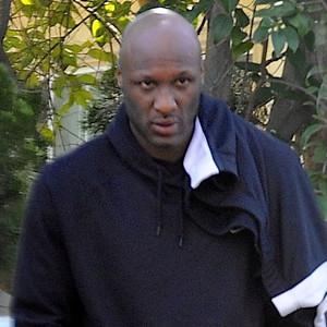 Lamar Odom Spotted Without Wedding Ring After Khloe Kardashians Divorce Filing