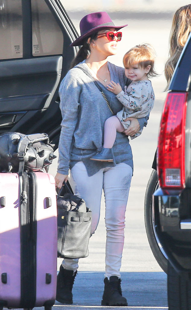 Kourtney Kardashian, Penelope, Plane