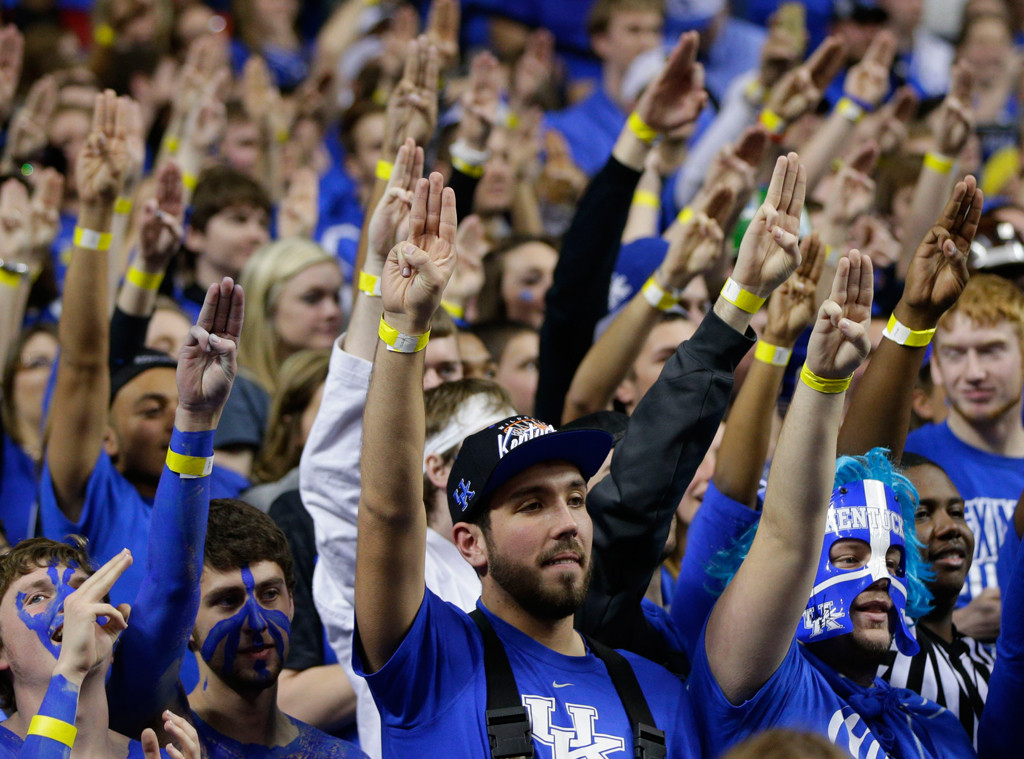 Kentucky Fans, Josh Hutcherson, Hunger Games Salute