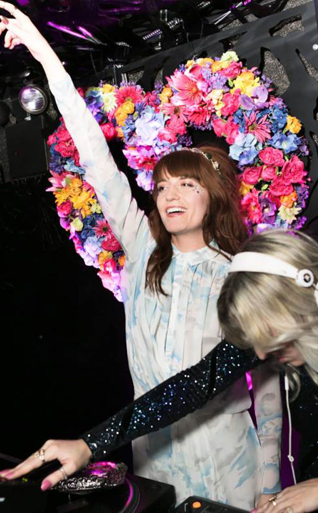 Florence Welch, Isabella Summers