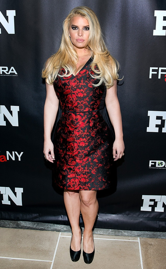 Jessica Simpson, Annual Footwear News Achievement Awards, Red Dress