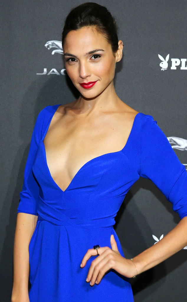 Wonder womans hot body gal gadot reveals how she stays in gal gadot voltagebd Images