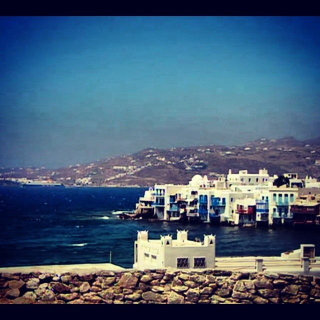 Party On Instagram, Mykonos
