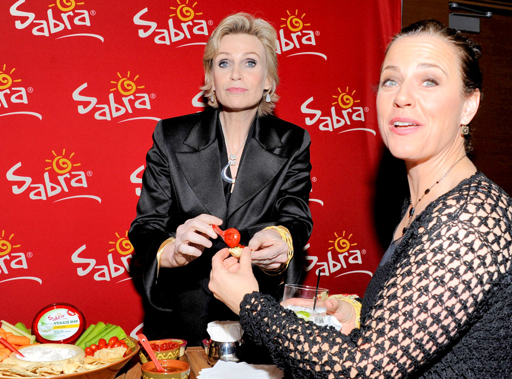 Jane Lynch, Lara Embry