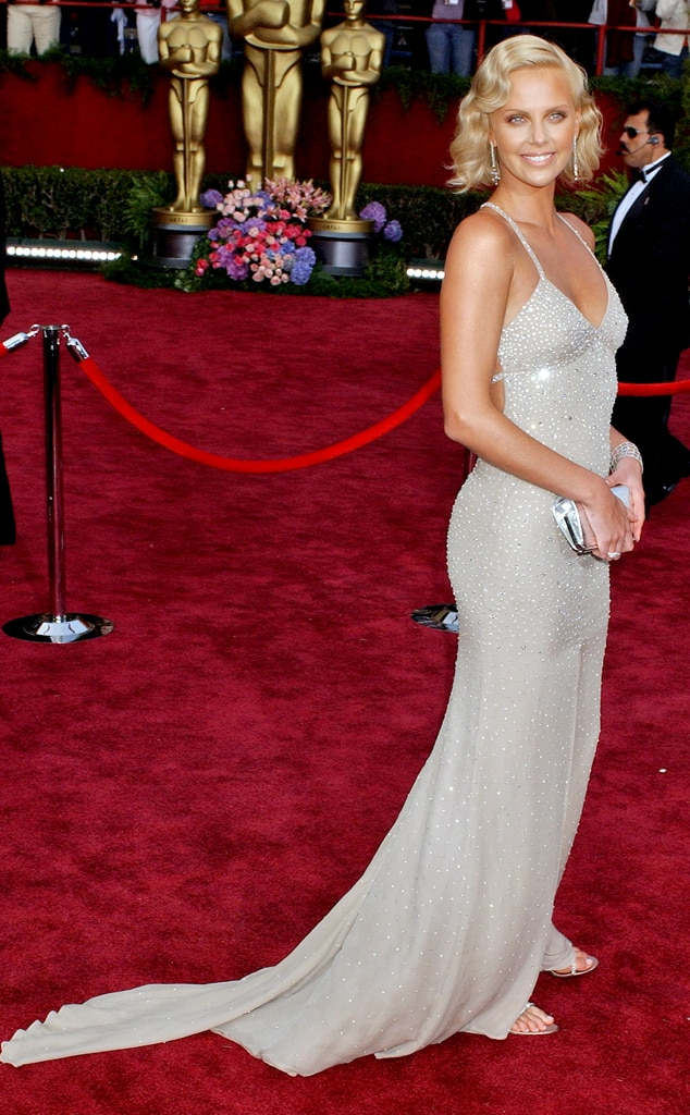 Charlize Theron, Oscars, Dresses, 2004