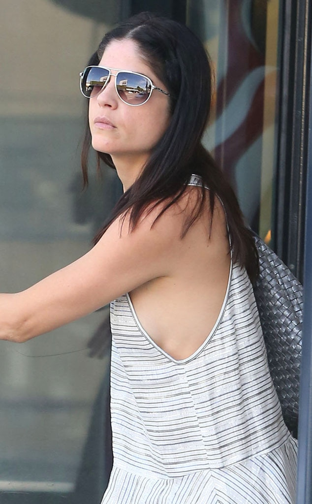 Selma Blair, Side boob