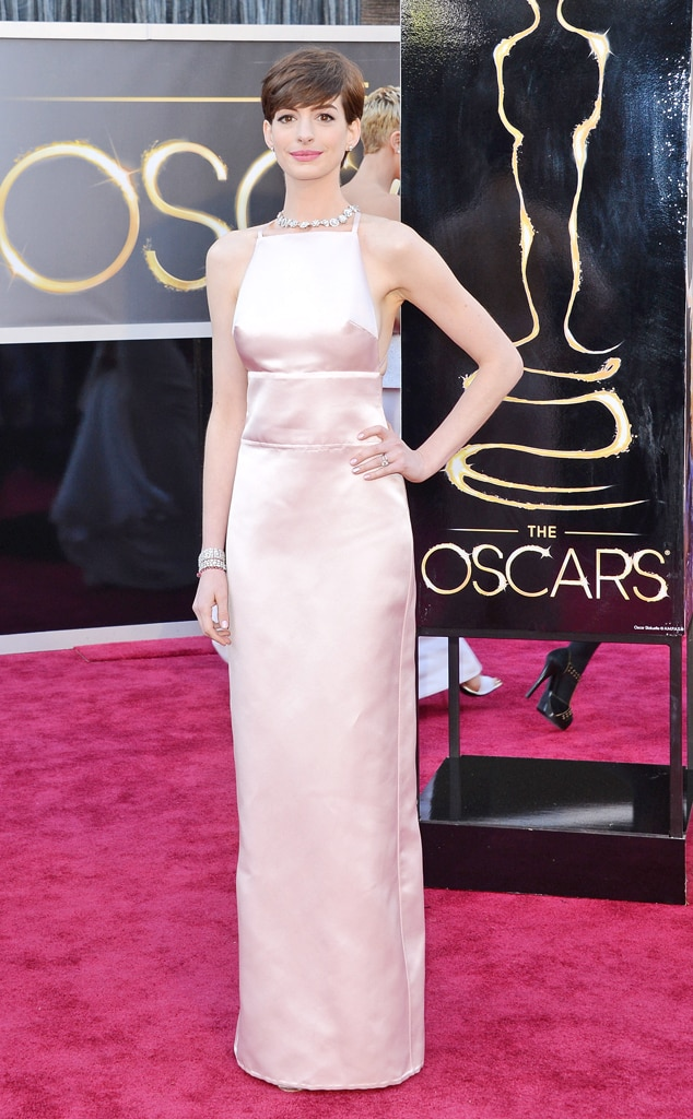 anne hathaway from worst dressed at the 2013 oscars e news