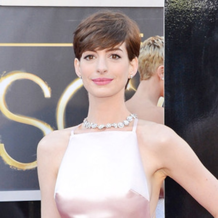 Anne Hathaway Doing Cabaret On Broadway? Not True, Says