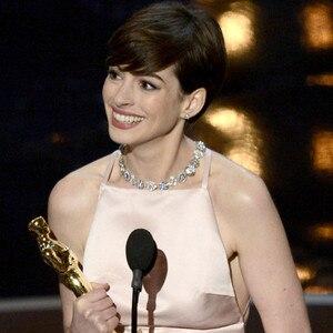 2013 Oscars Show, Anne Hathaway