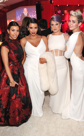 Kourtney Kardashian, Kim Kardashian, Kelly Osbourne, Miley Cyrus, Elton John Party