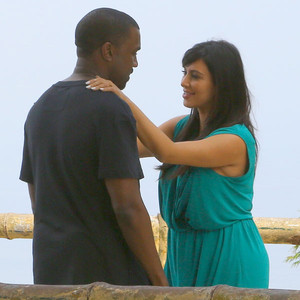 Pregnant Kim Kardashian's Brazil Trip: See Her Video with Kanye and Will Smith
