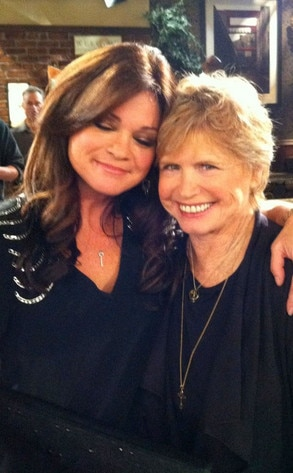 Valerie Bertinelli, Bonnie Franklin, Twitter
