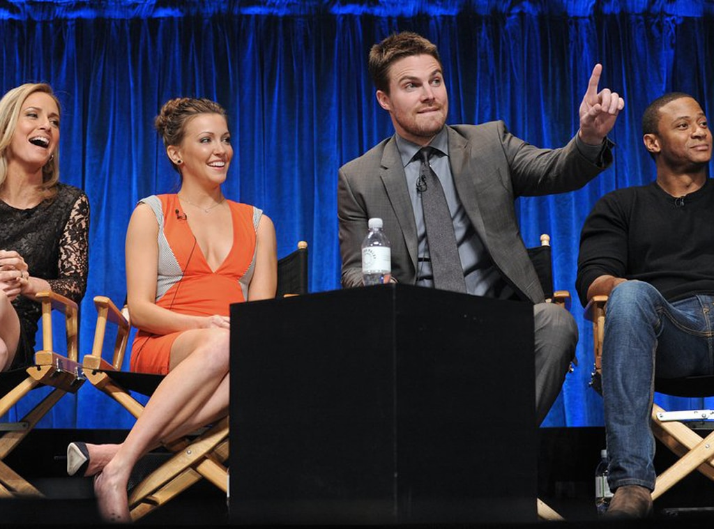 Susanna Thompson, Katie Cassidy, Stephen Amell, David Ramsey