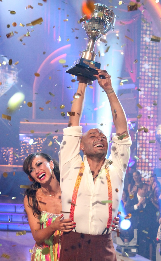 J.R. Martinez, Karina Smirnof, Dancing with the Stars