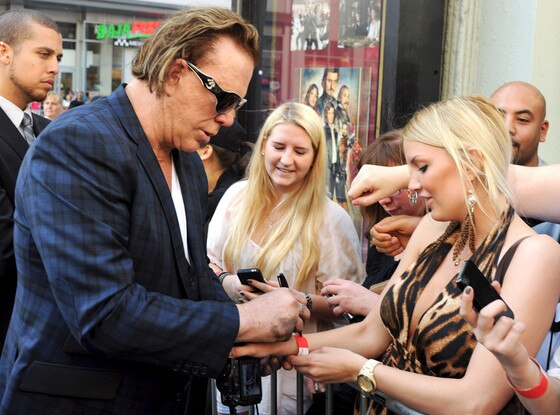 Mickey Rourke, Autograph