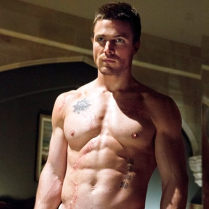 Stephen Amell, Arrow, Shirtless