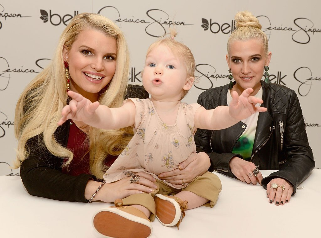 Jessica Simpson, Ashlee Simpson, Maxwell Johnson