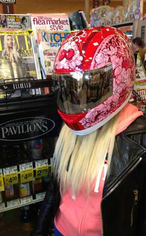 Nicki Minaj, Twit Pic