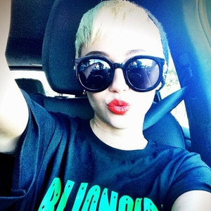Miley Cyrus, Twit Pic