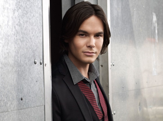 Tyler Blackburn, Pretty Little Liars