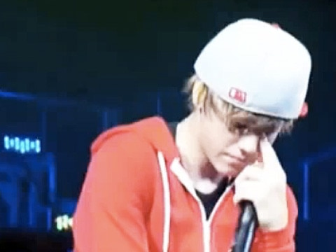 Justin Bieber Crying