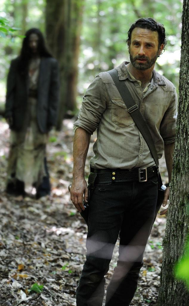 The Walking Dead Season 4 Premiere Sneak Peek: Carl to the ...