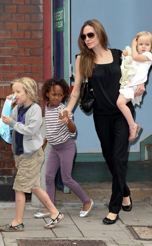 Angelina Jolie, Children