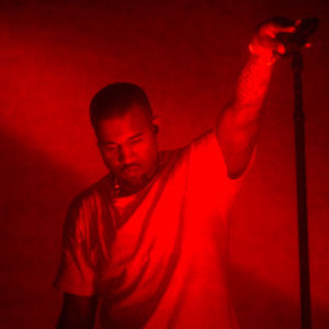 Kanye West Performs New Songs at Surprise NYC Show, Rants About Paparazzi