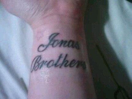 Jonas tat 4