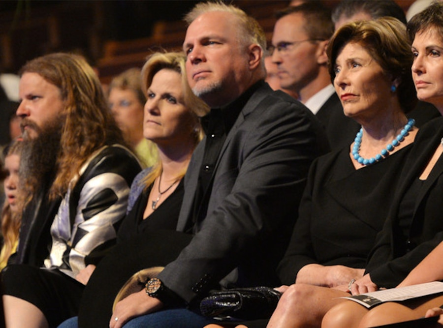 Jamey Johnson, Trisha Yearwood, Garth Brooks, Laura Bush, Nancy Jones, George Jones Funeral