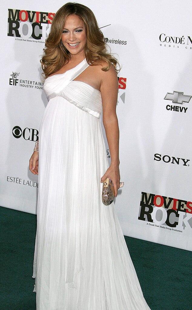 Jennifer Lopez, Baby Bump