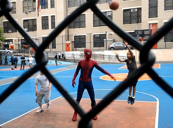 Andrew Garfield, Spiderman, Basketball
