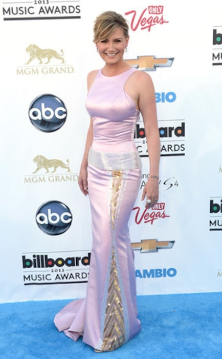 Billboard Music Awards, Jennifer Nettles