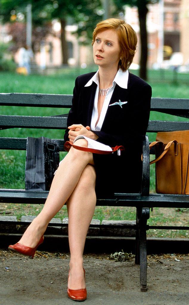 Sex And The City Season 3 Smotret Online Carrie yazılarını yaşadığı ilişkilere dayandırmaktadır. sex and the city season 3 smotret online