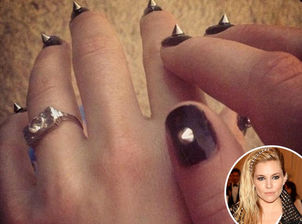 Sienna Miller, MET Gala, Nails
