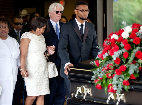Donna Kelly Pratte, Kris Kross , Chris Kelly, Funeral
