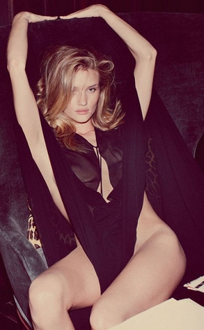 Rosie Huntington-Whitely, Muse Magazine