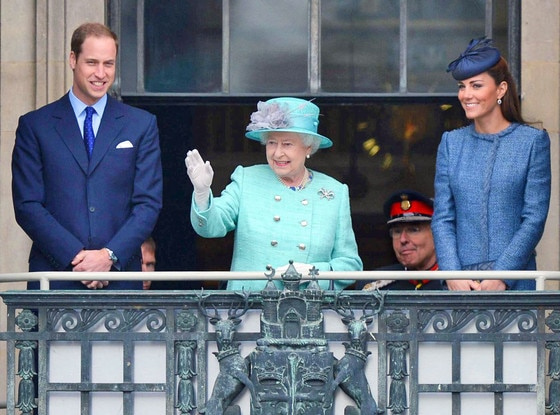 Queen Elizabeth ll, Prince William, Duke of Cambridge and Catherine, Duchess of Cambridge