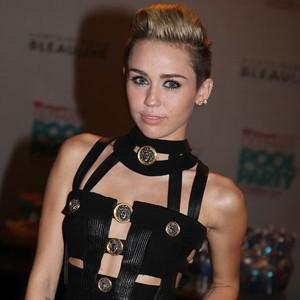Miley Cyrus, Trish Cyrus