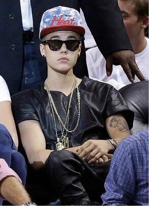 Bieber Hat