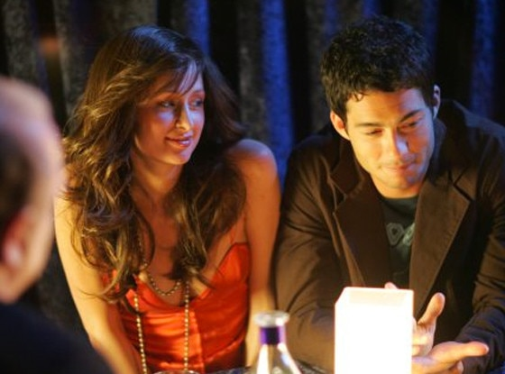 Paris Hilton, Brian Hallisay, Bottoms Up