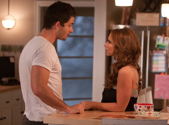 Jennifer Love Hewitt, Brian Hallisay, The Client List