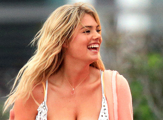 Kate Upton, Cleavage