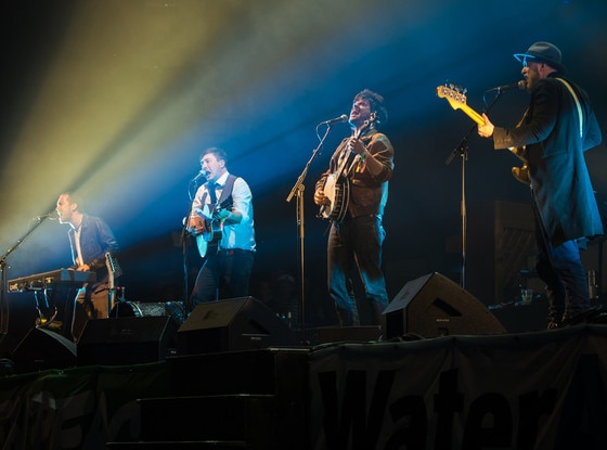 Mumford and Sons, Glastonbury