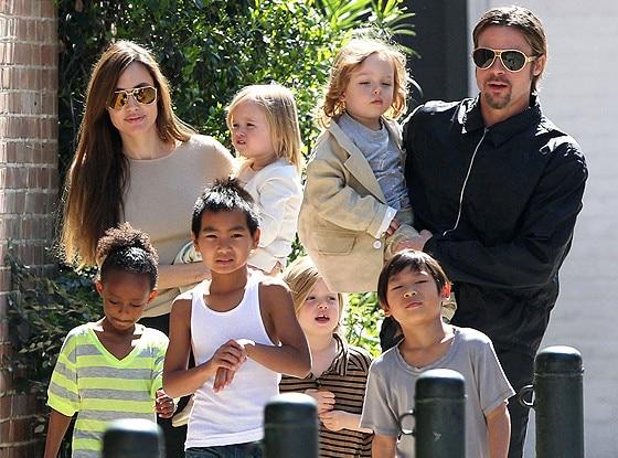 Angelina Jolie, Pax, Maddox, Brad Pitt, Vivienne, Shiloh, Zahara, Knox