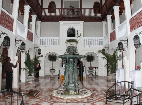 Versace, Mansion