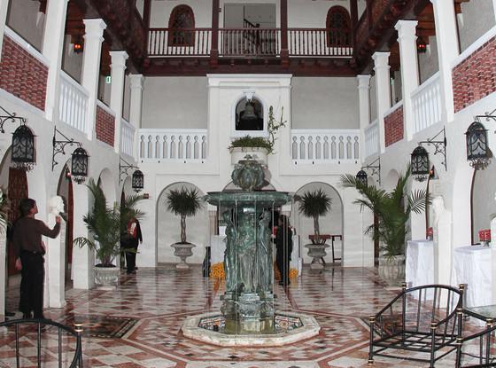 Versace, Mansion